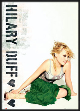 Poster  Hilary Duff - green skirt